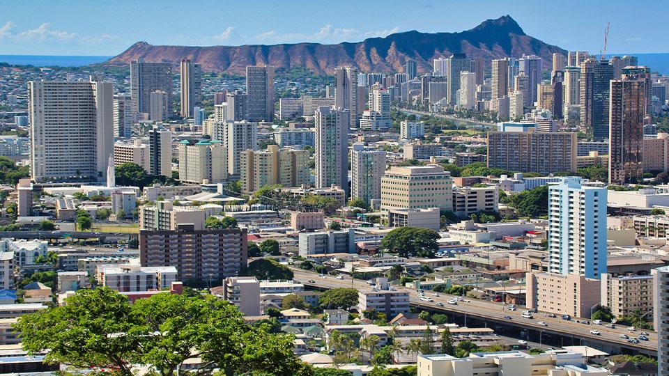 コロナ禍の2020年、最もハワイ不動産を買ったのは○○人!